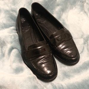 Burberry Black Patent Leather Loafers US 7.5